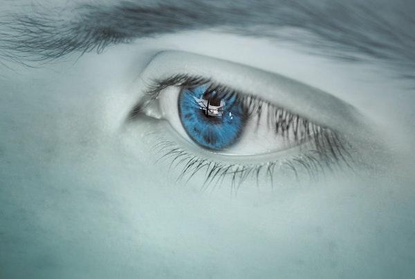Micky Blue Eyes – True Story